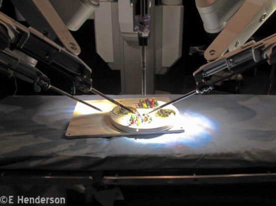 deVinci Surgical Robot
