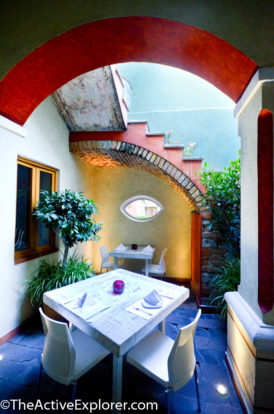 El Sueño Courtyard